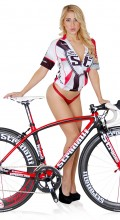 stradalli_napoli_sram_red_black_50mm_85mm_wheels_carbon_valeria_orsini_hot_chick