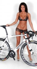 stradalli_sorrento_carbon_bicycle_SRAM_HED_hot_chick