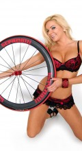 stradalli_vento_carbon_clincher_50mm_wheel_heather_shanholtz_hot_bikini_girl