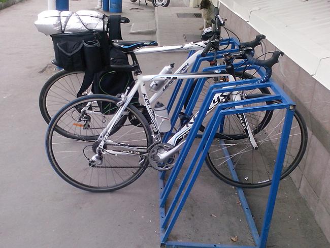 Луганск, велосипедные парковки