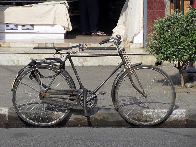 http://alkatrion.com/wp-content/uploads/2012/08/bike001india.jpg