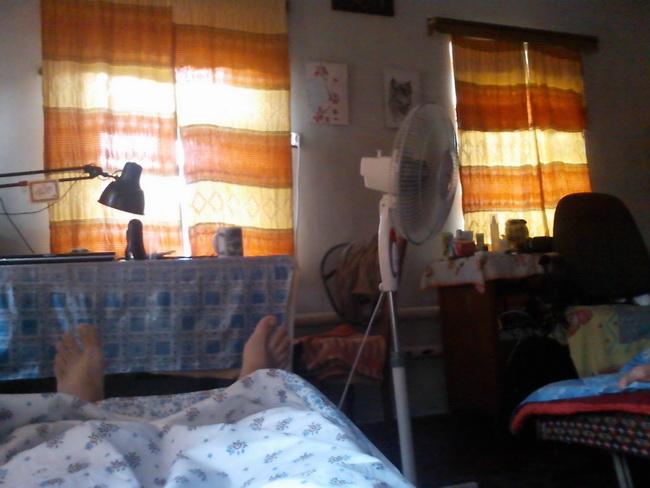 В кровати