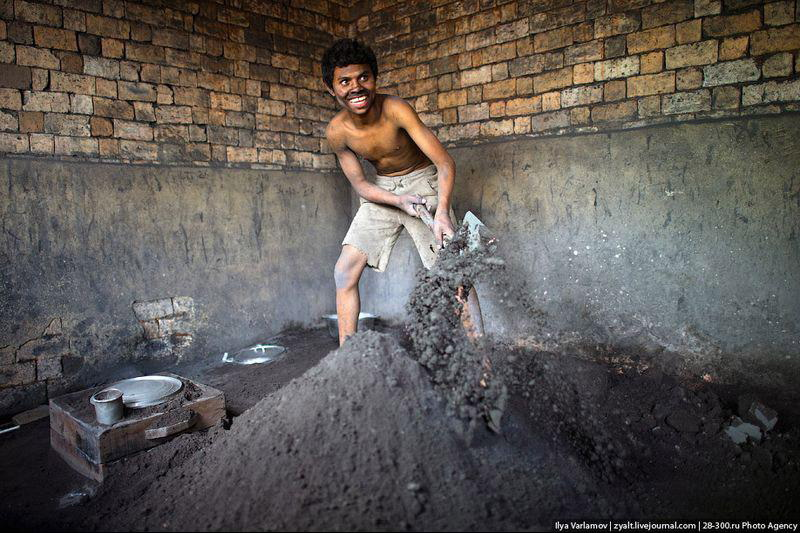 Производство алюминиевых кастрюль – песок для формы