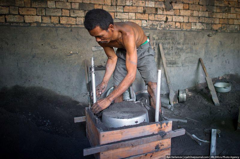 Производство алюминиевых кастрюль – подготовка формы