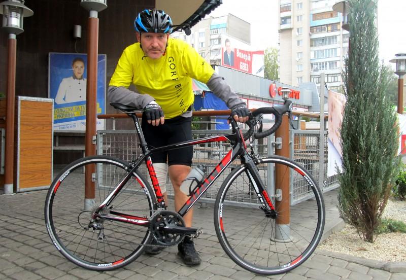 Вова и велосипед Giant TCR1 Compact
