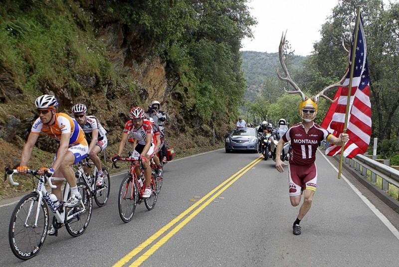 Фанат велогонок Дори Хольт