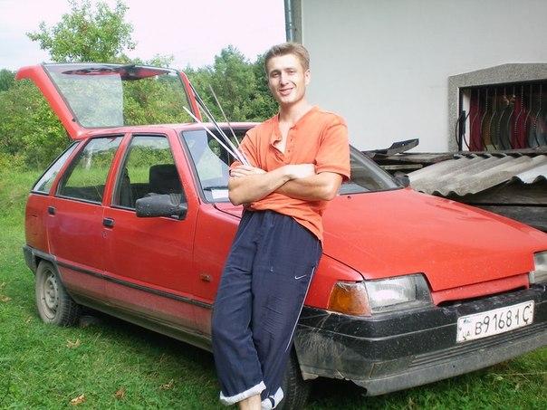 Денис Боклажук, автомобилист