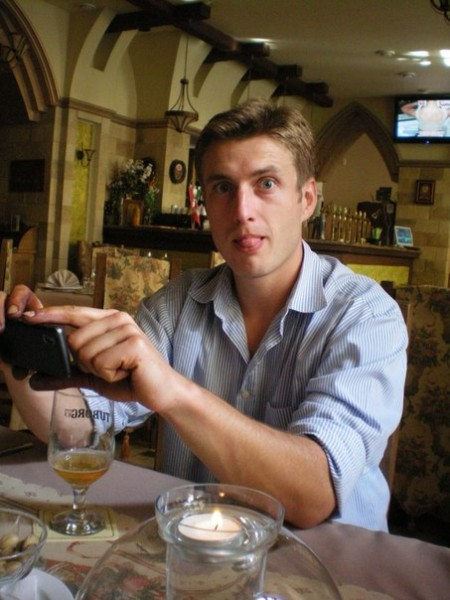 Денис Боклажук, в барі