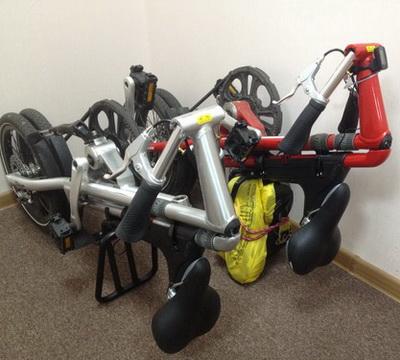 велосипед Strida 5.2 – в сложеном виде