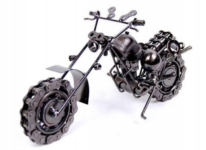 Мотоцикл Harley Davidson из велосипедных деталей