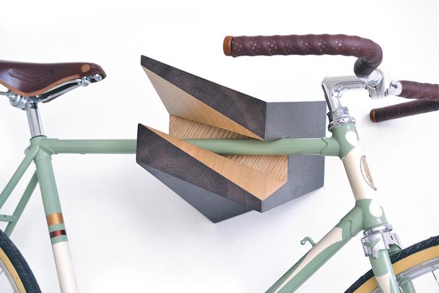 вешалка для велосипеда