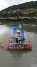 лодка из пластиковых бутылок