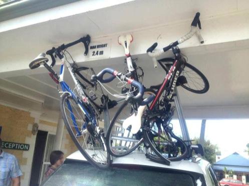 поломанные велосипеды