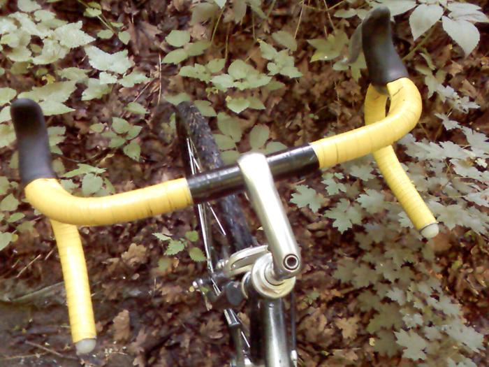 Обмотка на руль велосипеда