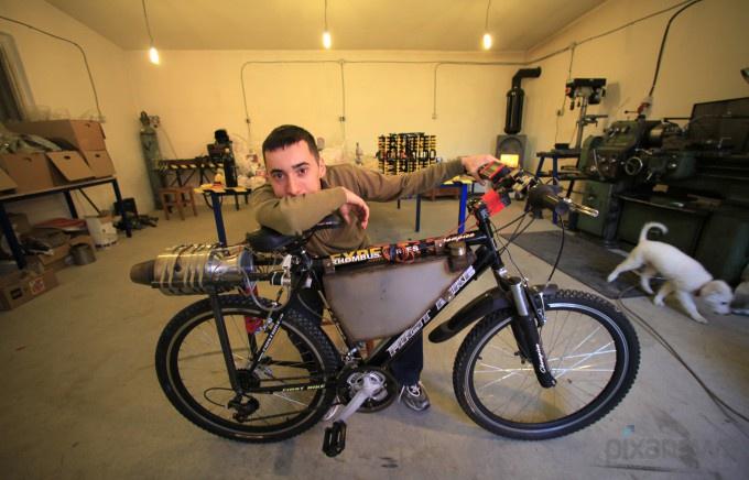 Реактивный велосипед из Романии