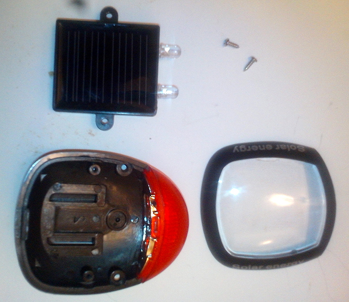 Задняя велофара на солнечной батарее