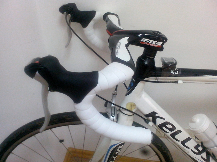 велостипед Kellys ARC 2.9 шоссейный руль FSA Plasma
