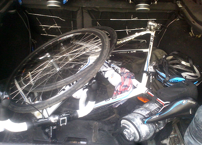 Велосипед Келлис в багажнике
