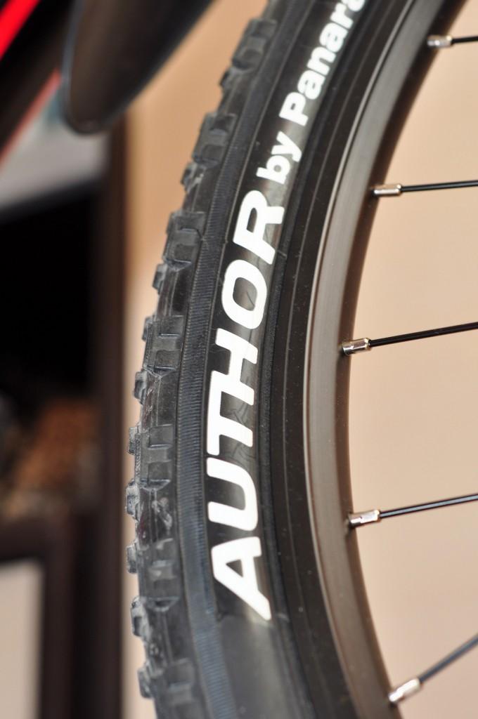 """Мой велосипед — Велосипед Author Traction 19"""" покрышка Автор"""