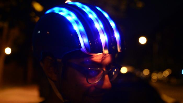 Велосипедный шлем с подсветкой