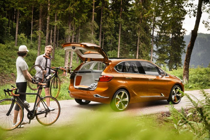 автомобиль - BMW Active Tourer Outdor