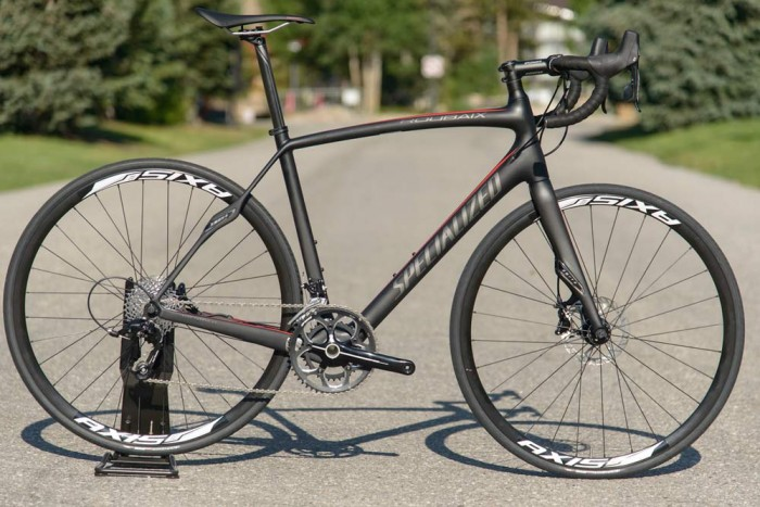 2014-Specialized-Roubaix-SL4-Sport-Disc-brake-road-bike01