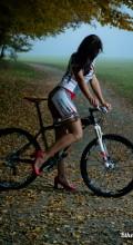 Голая на велосипеде Renáta Karkulka Karkošková czech bike girl rider novatop lapierre 6