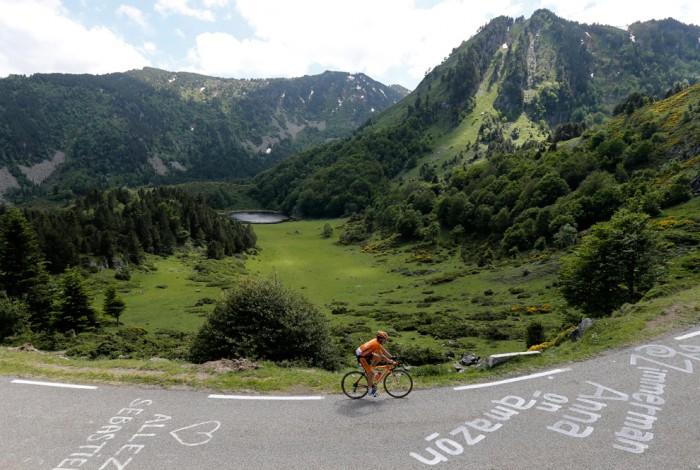 велосипедист Игорь Антон из Испании