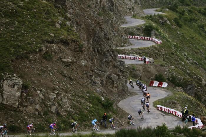 Тур де Франс, пелотон, Коль-де-Саренне