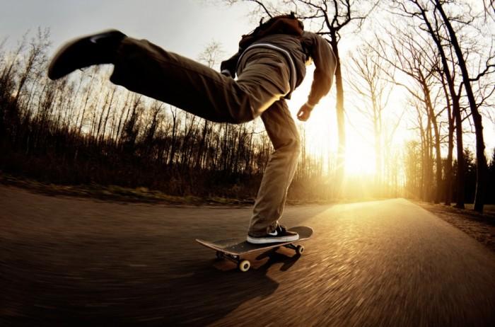 обсудить фото (0) #.  Jeroen Nieuwhuis стал победителем в категории «Крупный план» за фотографию молодого человека по имени Эрик, который катается на скейтборде в городе Денекамп, Нидерланды.