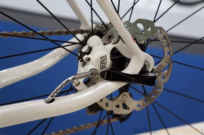 prototype-acros-age-rda-hydraulic-road-bike-formula-RR1-brakes01