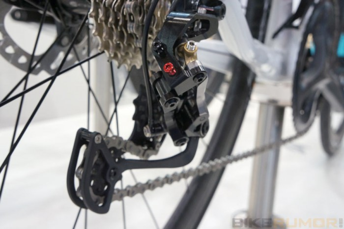 prototype-acros-age-rda-hydraulic-road-bike-rear-derailleur04