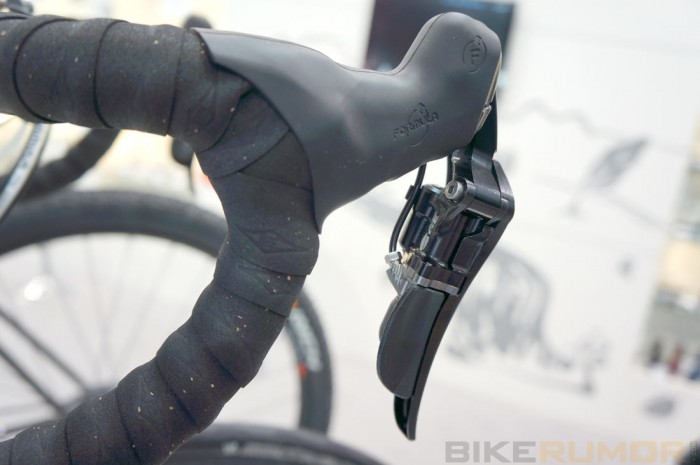 prototype-acros-age-rda-hydraulic-road-bike-shifter-levers