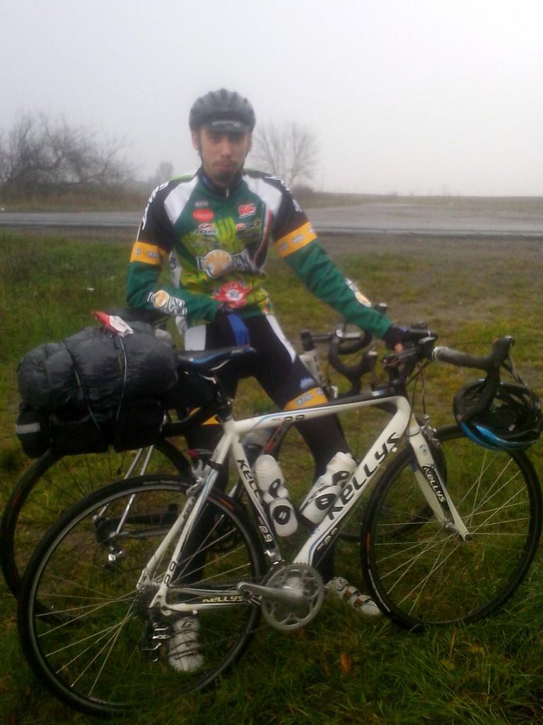 Велосипедист Максим