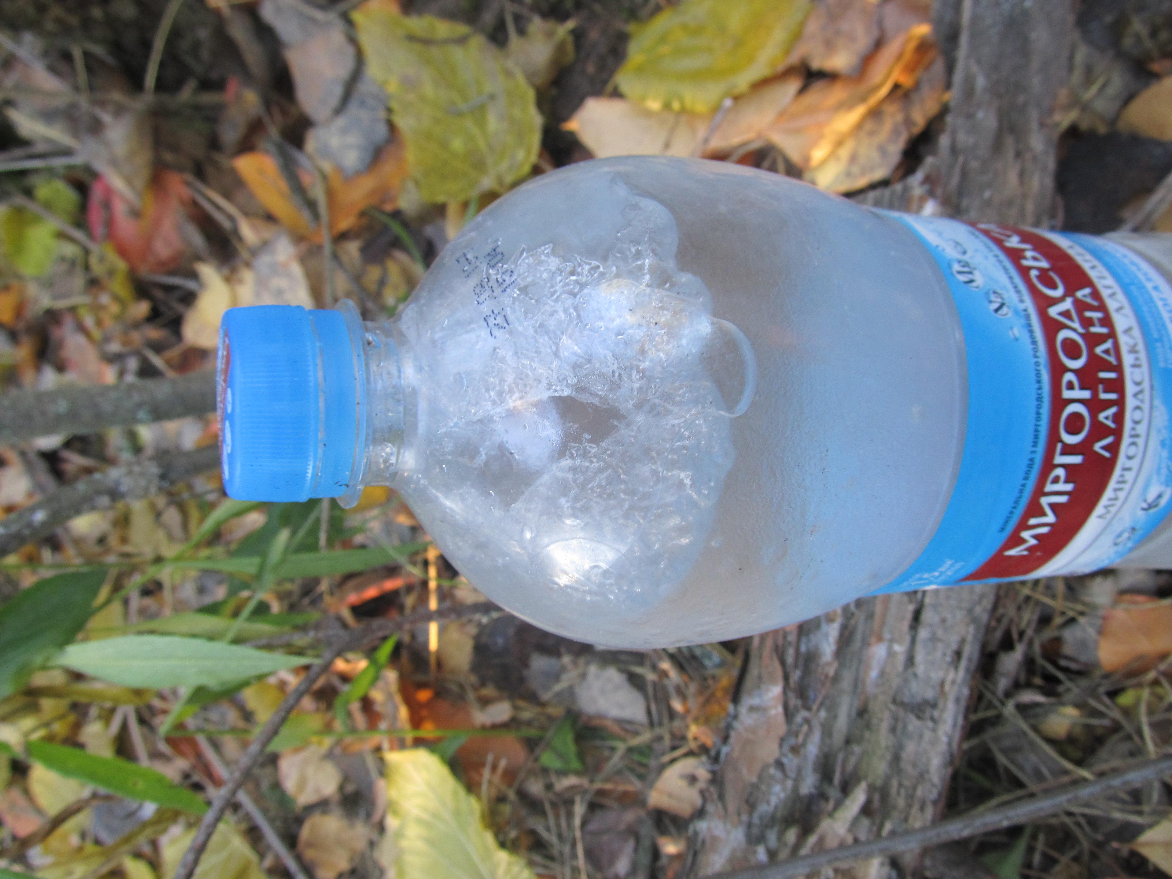 Почему вода не портится в бутылках