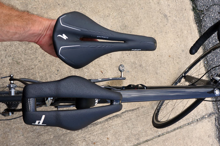 Dash-Cycles-Strike-9-carbon-bicycle-saddle-review06