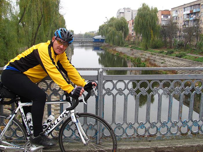 город Ровно речка Устья