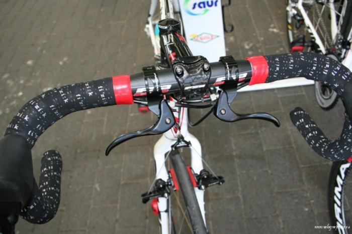Руль велосипеда для Париж-Рубе