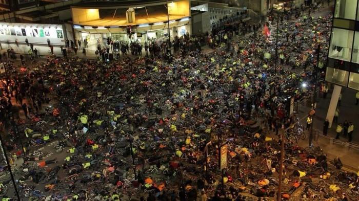 Акция протеста велосипедистов в Лондоне