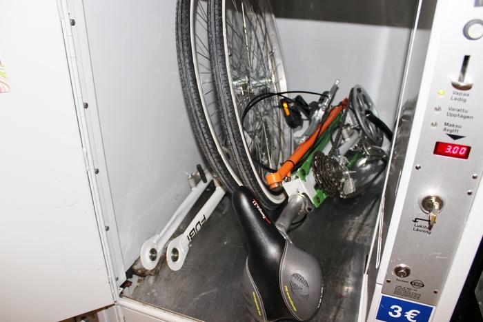 Fubi in locker
