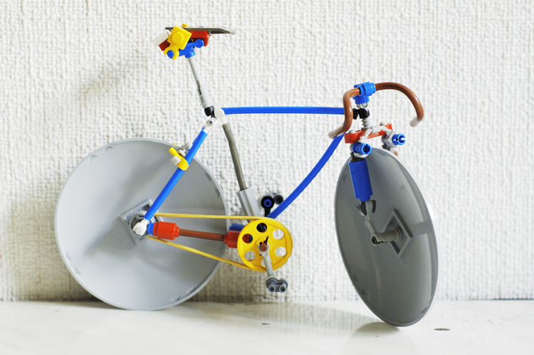 велосипед из лего