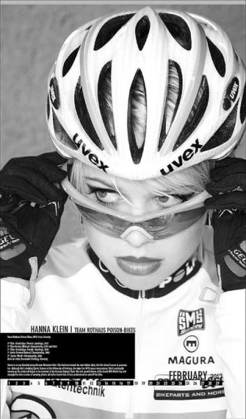 bike-road-girls (23)