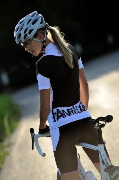 bike-road-girls (24)
