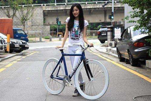 girl on bike (44)