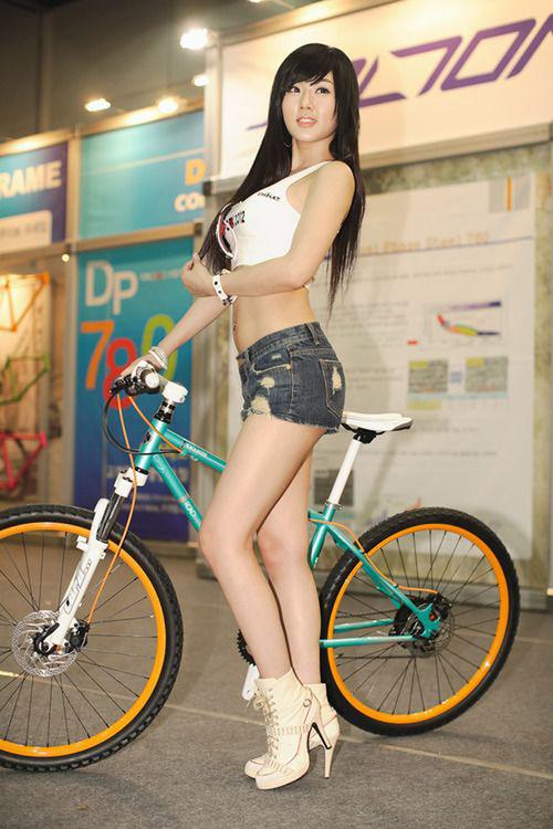 girl on bike (54)