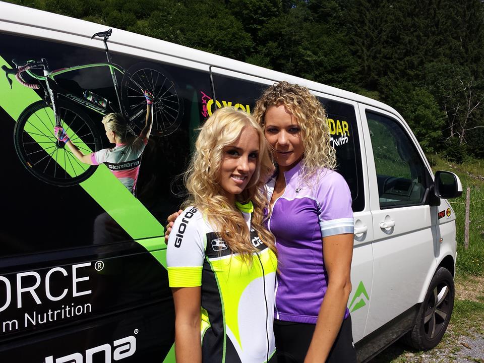 sexy-girls-bikes (3)
