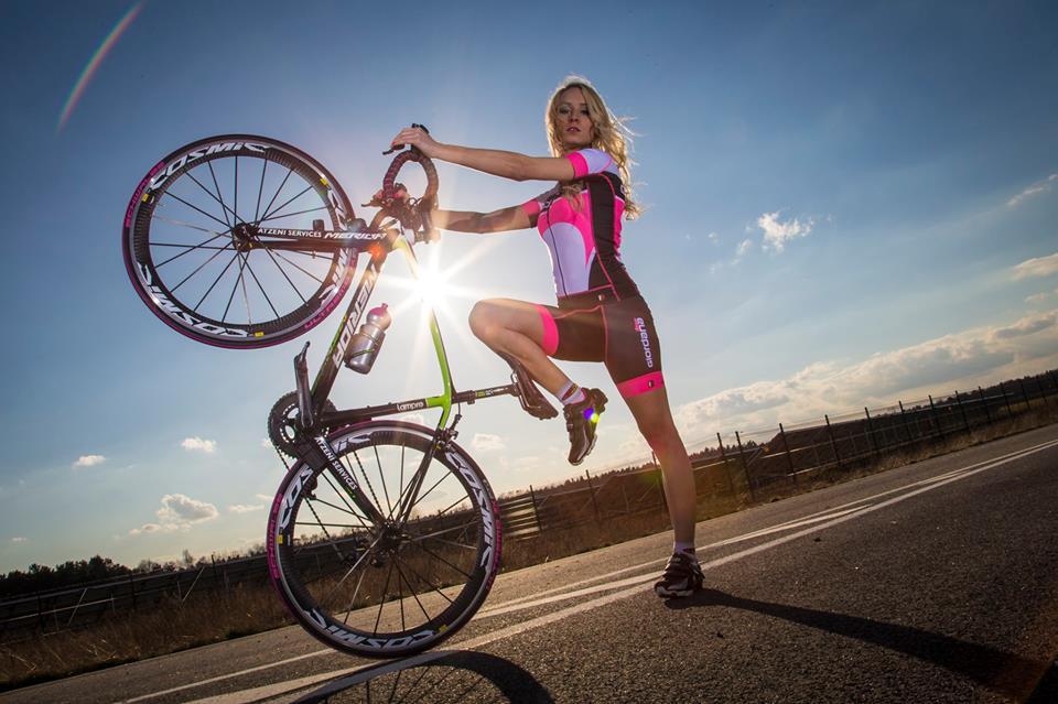 sexy-girls-bikes (39)