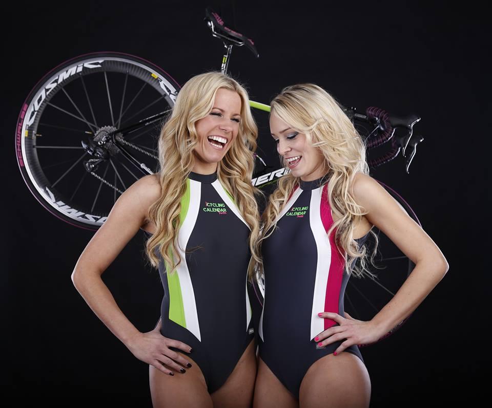sexy-girls-bikes (41)
