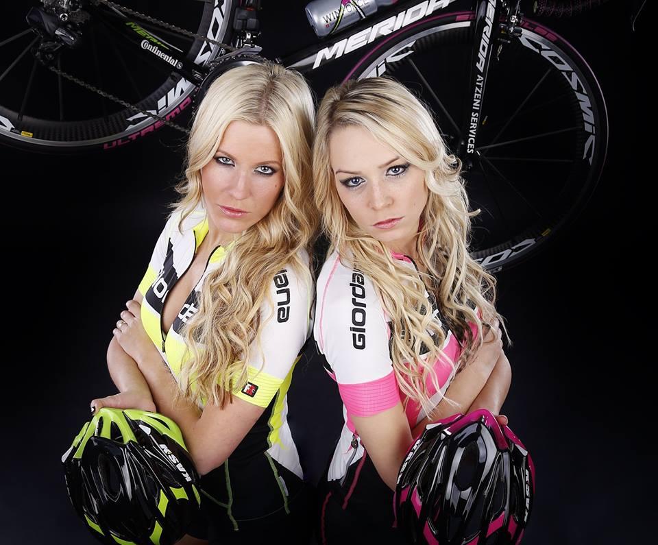 sexy-girls-bikes (48)