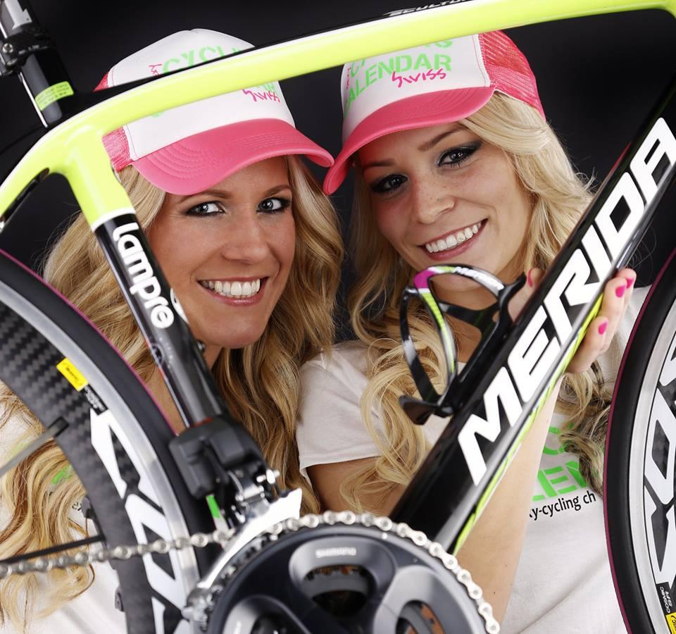 sexy-girls-bikes (49)